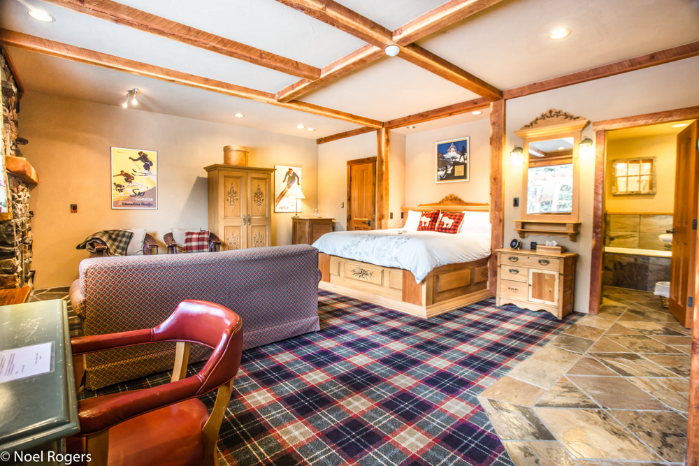 Cabin Suite: Sleeps 4-6